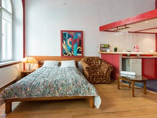 Cozy 2 bedroom Vacation Rental in Krakow - Krakow vacation rentals