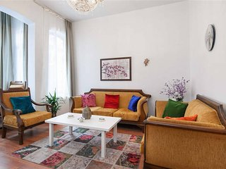 Lux Holiday Apartment in Taksim Beyoglu - Istanbul vacation rentals
