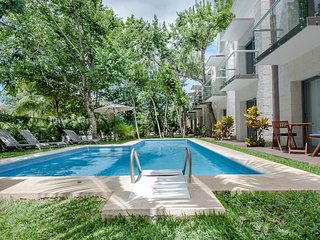 Luxury apt. close to beach,5th Ave , Golf Course ! - Playa del Carmen vacation rentals