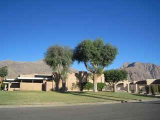 Mid Century Gem in Downtown Borrego Springs - Stylish, Central 1BR, 1BA - Salton City vacation rentals