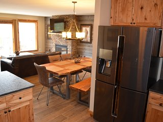 Cliff House, panoramic mountain views, walk 2 town - Estes Park vacation rentals