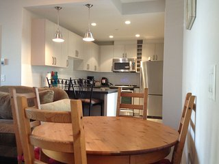North Vancouver 1 Bedroom Apartment - North Vancouver vacation rentals