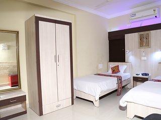 2 bedroom Condo with Television in Nagpur - Nagpur vacation rentals