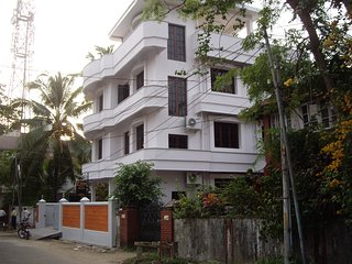 8 bedroom Bed and Breakfast with Television in Ernakulam - Ernakulam vacation rentals