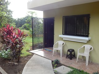 Lovely Condo with Internet Access and A/C - Playas del Coco vacation rentals