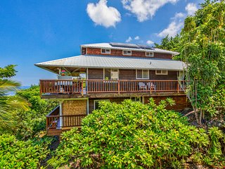 BEACH Villa--Sweeping OCEAN  VIEWS! 2 Min. BEACH! - Captain Cook vacation rentals