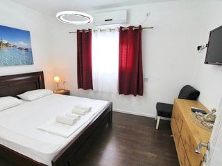 Spacious apartment on Balfour Street - Bat Yam vacation rentals