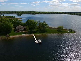 Beautiful 2 bedroom House in Chisago City - Chisago City vacation rentals