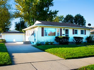 The house rental close to Mayo Clinic and St Marys - Rochester vacation rentals