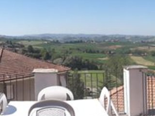 Nice House with Tennis Court and Housekeeping Included - Agliano Terme vacation rentals