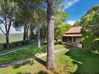 5 bedroom Villa in Castiglione della Pescaia, Tuscany Coast, Italy : ref 2370603 - Castiglione Della Pescaia vacation rentals