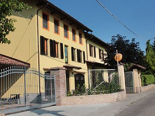 Comfortable 1 bedroom House in Nizza Monferrato - Nizza Monferrato vacation rentals