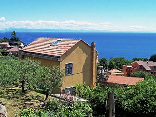Sunny 3 bedroom House in Bergeggi - Bergeggi vacation rentals
