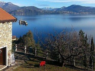 2 bedroom Villa with Internet Access in Cannero Riviera - Cannero Riviera vacation rentals
