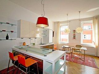Bright 1 bedroom House in Margareten - Margareten vacation rentals
