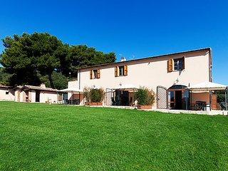 2 bedroom Apartment in Talamone, Maremma Volterra, Italy : ref 2283183 - Talamone vacation rentals