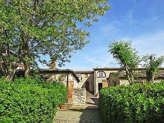 Sunny 1 bedroom Farmhouse Barn in Monteriggioni - Monteriggioni vacation rentals