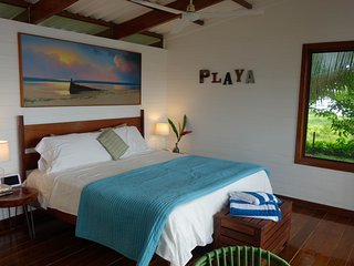 Beautiful Bungalow with Internet Access and Wireless Internet - Isla Solarte vacation rentals