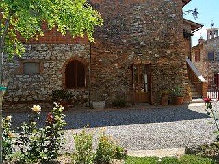 Nice 2 bedroom Farmhouse Barn in Castelnuovo Berardenga - Castelnuovo Berardenga vacation rentals
