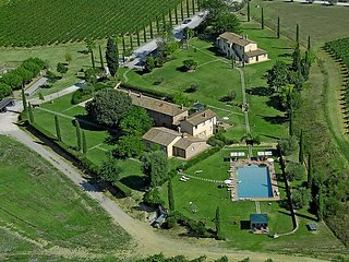 Nice Farmhouse Barn with Internet Access and Television - Montepulciano vacation rentals
