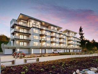 Relaxing, quiet 2 BR condo overlooking marina - Nanaimo vacation rentals