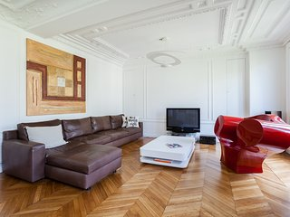onefinestay - Avenue Niel private home - Paris vacation rentals