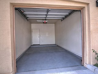 1-bed  condo w/garage #106 - Phoenix vacation rentals