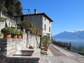 2 bedroom House with Television in Tignale - Tignale vacation rentals