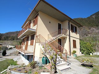 Sunny House with Television and Microwave - Tignale vacation rentals