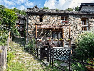 Comfortable 1 bedroom Vacation Rental in Bognanco - Bognanco vacation rentals