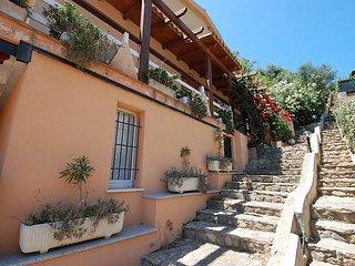 Bright 3 bedroom House in Solanas - Solanas vacation rentals