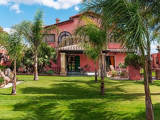 Comfortable House with Internet Access and Television - Flumini vacation rentals