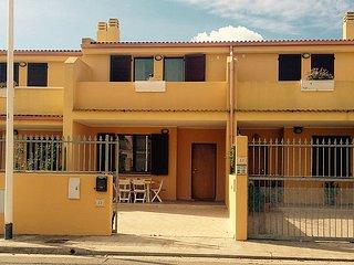 Sunny 2 bedroom House in Villa San Pietro - Villa San Pietro vacation rentals