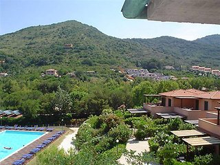 Bright 2 bedroom Nisportino House with Television - Nisportino vacation rentals