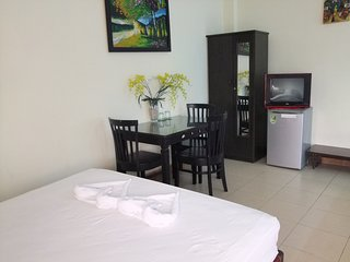 Romantic 1 bedroom Bed and Breakfast in Hue with Internet Access - Hue vacation rentals