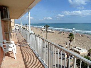 3 Bedroom Beach Front Luxury Furnished Apartment - Guardamar del Segura vacation rentals