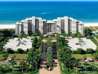 BEACHFRONT SOMERSET 812 - Marco Island vacation rentals