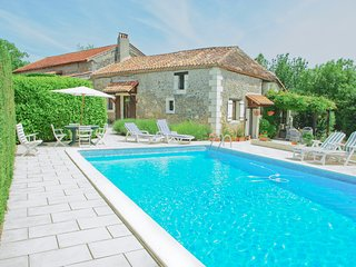 3 bedroom Farmhouse Barn with Internet Access in Bergerac - Bergerac vacation rentals