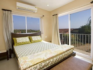 Beautiful ocean facing villa in Coco Beach - Nerul vacation rentals