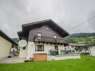 Cozy 3 bedroom Piesendorf Chalet with Television - Piesendorf vacation rentals