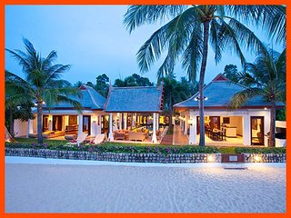Villa 17 - Beach front luxury with Thai chef service and shared gym - Mae Nam vacation rentals