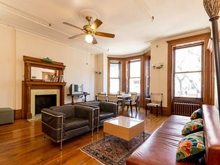 Classic Three Bedroom Hamilton New York - New York City vacation rentals