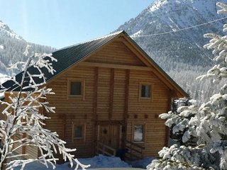 Chalet Anais & Apartment (Sleeps 11/15) - Montgenevre vacation rentals