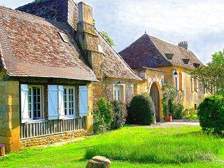 Cottage de charme avec piscine en campagne - Pressignac-Vicq vacation rentals