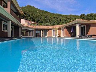 Villa Piazze - Luxueuse villa, vue imprenable sur les montagnes - Ocana vacation rentals