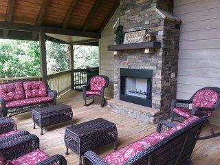 SMOKIES EDGE - Sevierville vacation rentals