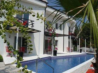 Scrumptious Seville - Dalyan vacation rentals
