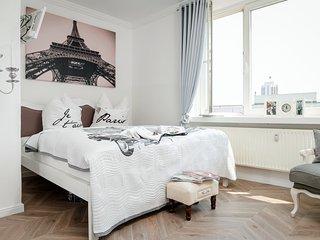 Le Petit Château Paris in Leipzig City WiFi free - Leipzig vacation rentals