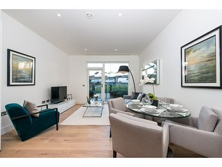 CHIC PORTOBELLO PAD - London vacation rentals