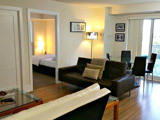 Signature 2 Bedroom Suite at Fly Condo, Toronto - Toronto vacation rentals